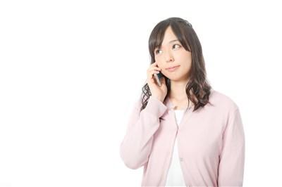 電話 解約 女性